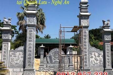 Cổng nhà thờ họ bằng đá tại Nghệ An