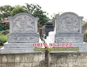 Mặt sau lămg mộ đá đôi tại hà Nội
