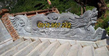 Rồng đá bậc thềm bằng đá xanh tự nhiên đẹp, chất lượng tốt nhất