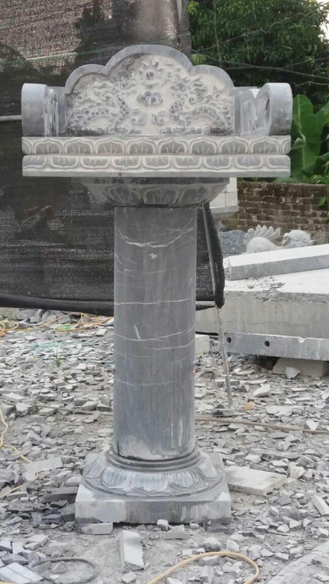 Mẫu bàn thiên bằng đá không có mái che