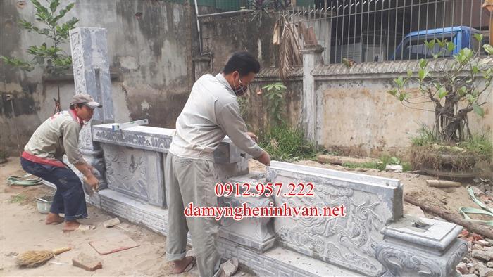 Lắp đạt phần đề Bình phong đá nhà thờ họ Phan Hà Nội