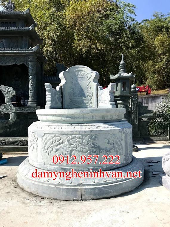 Mẫu mộ tròn đá đẹp xanh rêu tại quảng Bình