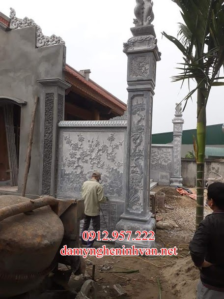Cột trụ đá nhà thờ họ điêu khắc đẹp