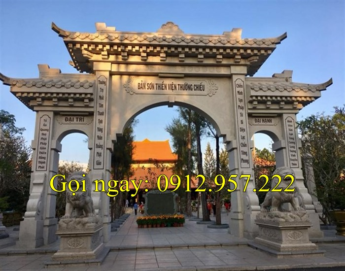 Mẫu cổng chùa tam quan tứ trụ bằng đá mang nét đẹp cổ kính
