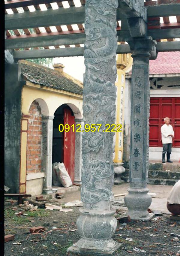 Cột chạm khắc hình rồng bằng đá xanh tự nhiên nguyên khối
