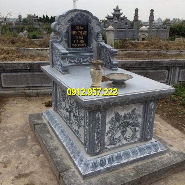 Mẫu mộ hậu bành được làm từ đá xanh nguyên khối chất lượng cao