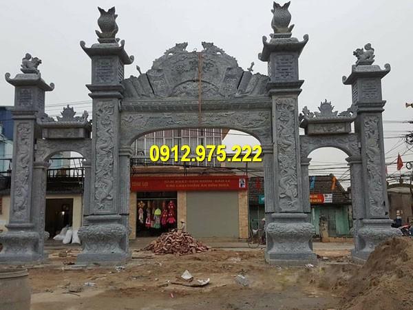 Quá trình thi công cổng chùa bằng đá tại Đà Nẵng năm 2019