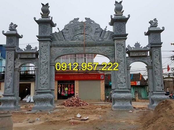 Thi công lắp đặt cổng nhà thờ họ bằng đá tại Quảng Bình