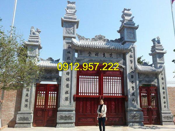 Thi công lắp đặt cổng nhà thờ họ bằng đá tại Ninh Bình