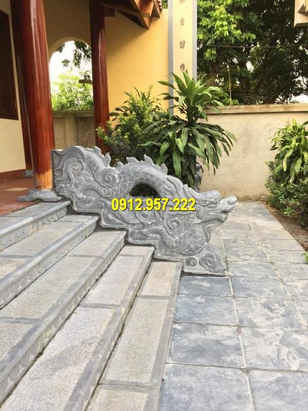 Mẫu bậc thềm tam cấp trước nhà đẹp