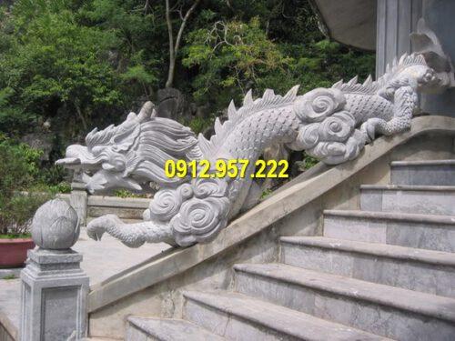 Giá tượng rồng bằng đá xanh Ninh Bình bao nhiêu?