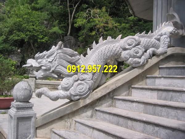 Báo giá tượng rồng đá bậc thềm bằng đá xanh Ninh Bình chất lượng cao