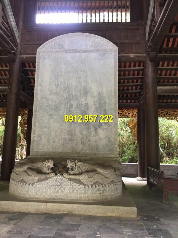 Mẫu bia đá nghi danh tại các công trình tâm linh