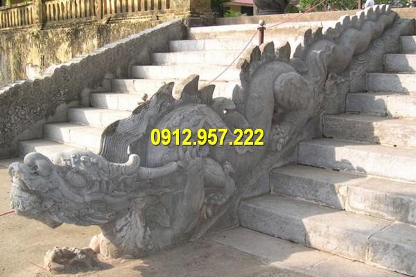 Mẫu chiếu đá rồng đá bậc thềm đình chùa đẹp bán tại Ninh Bình