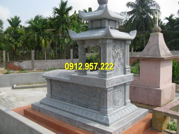 Hình ảnh ngôi mộ hai mái chế tác tại làng đá Ninh Vân Ninh Bình