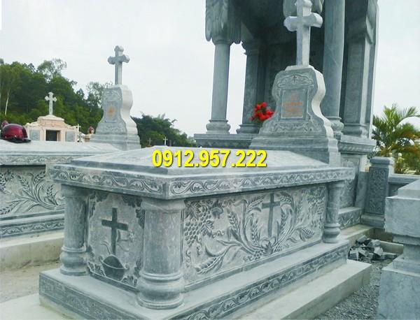 Mẫu lăng mộ đá công giáo Ninh Bình được chế tác từ đá xanh tự nhiên