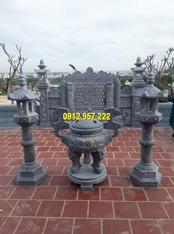 Mua lư hương đèn đá ở Quảng Trị