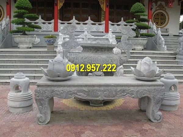 Mẫu bàn thờ ngoài trời đặt tại đình, chùa, nhà thờ họ
