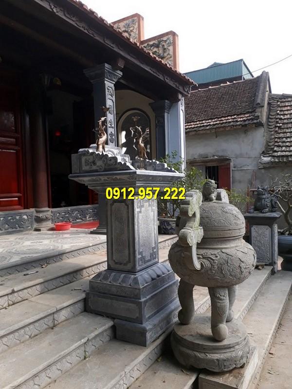 Cây hương đá đặt tại nhà thờ họ
