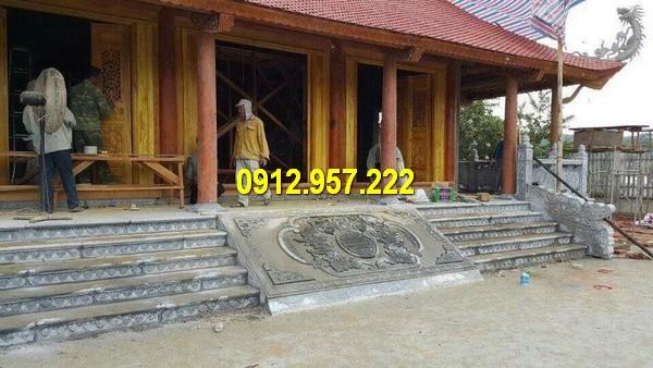Nhà thờ họ 3 gian sử dụng rồng đá bậc thềm chạm khắc tinh tế