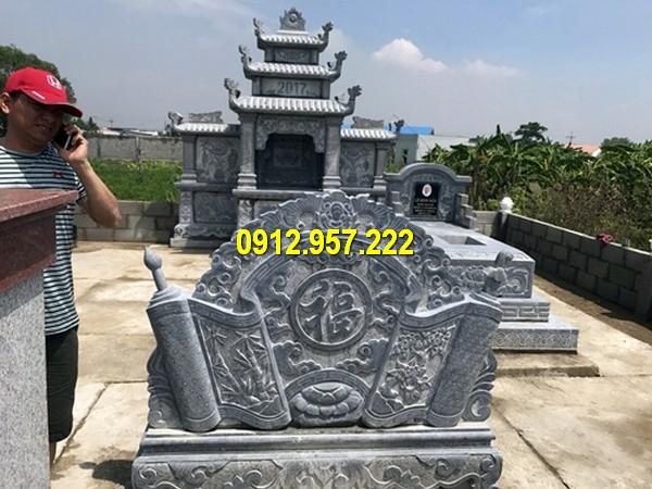 Thi công mẫu bình phong đá ở Lào Cai