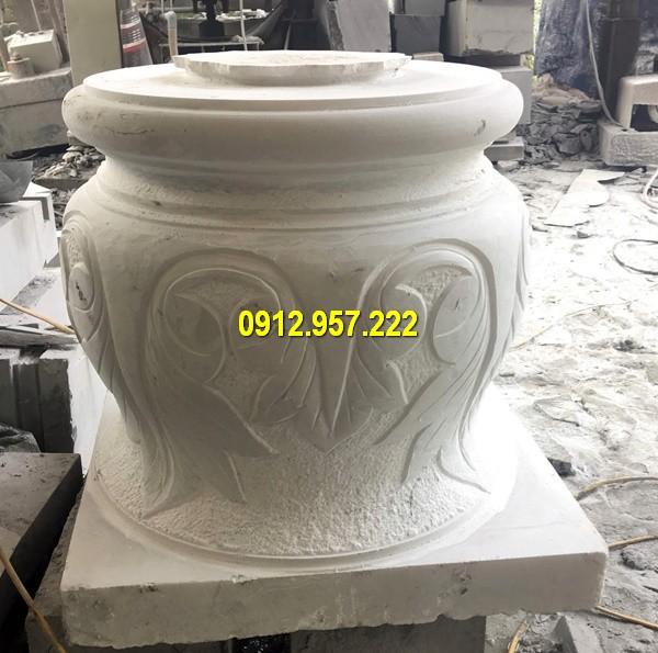 Thi công lắp đặt bán tảng đá kê chân cột gỗ ở Quảng Bình