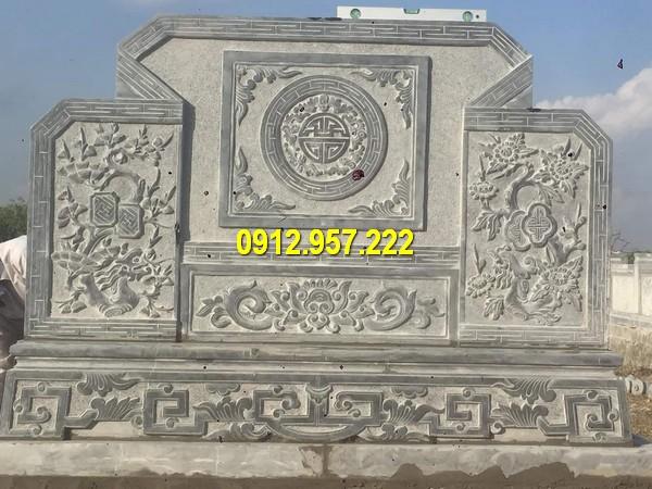 Chế tác bức bình phong bằng đá tại Quảng Bình
