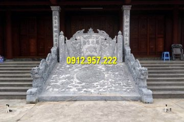 Thi công bình phong đá vàng ở Kon Tum