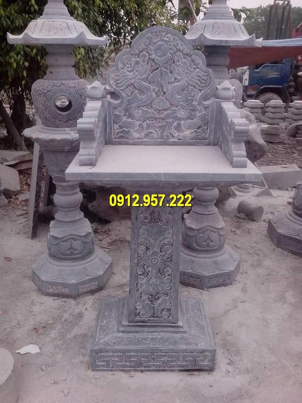 Thi công lắp đặt cây hương đá bàn thờ thiên ngoài trời tại miền Trung