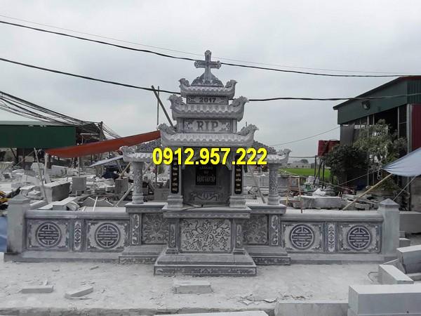 Lăng thờ đá ba mái