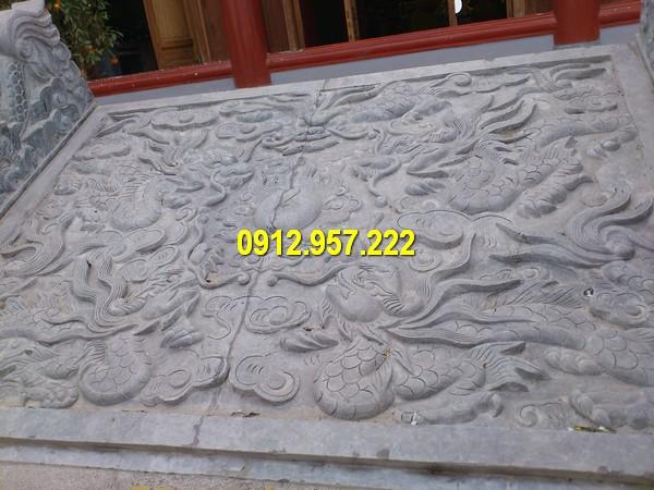 Chiếu rồng đá được làm từ đá xanh Ninh Bình