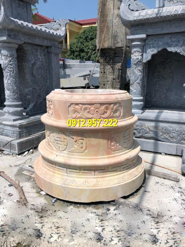 Mẫu mộ tròn bằng đá vàng