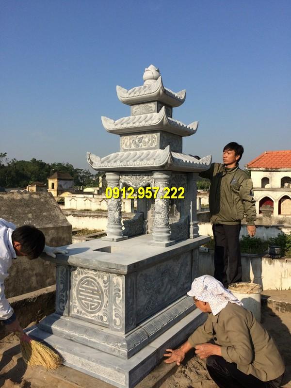 Mẫu mộ đá 3 mái bằng đá xanh đen