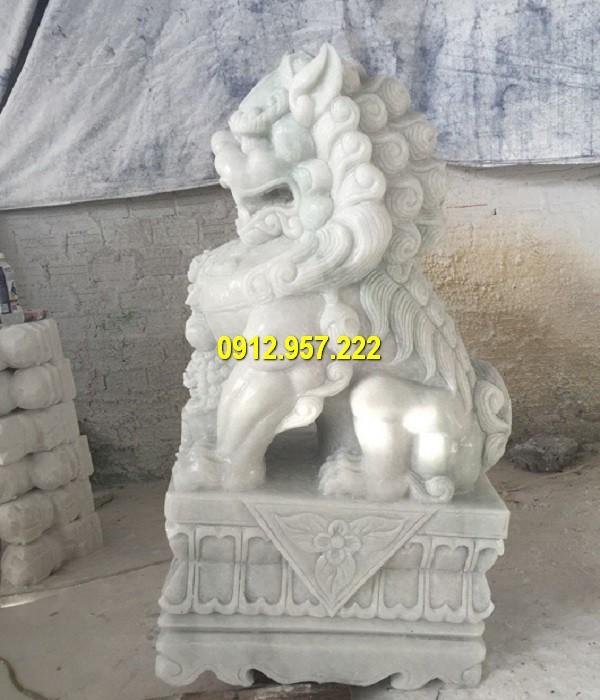 Kỳ lân bằng đá phong thuỷ là một linh vật mang điềm lành