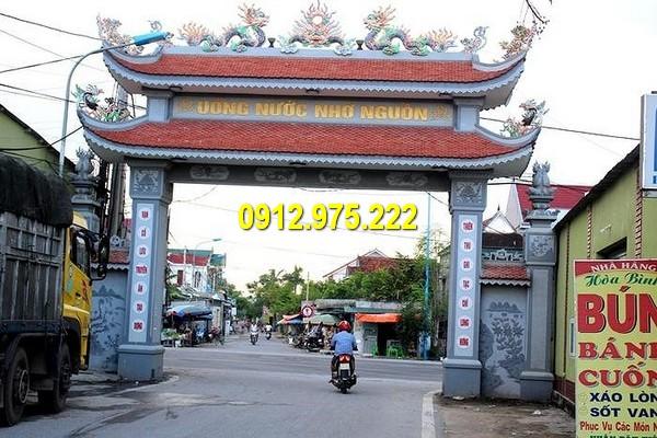 Cổng làng mang nét đẹp cổ kính