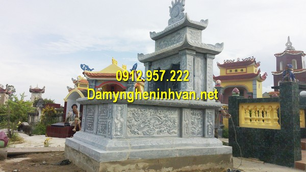 Xây mẫu mộ đá đôi ở Hà Nội