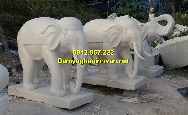 Tượng con voi đá phong thủy Ninh Bình đẹp nhất 2019