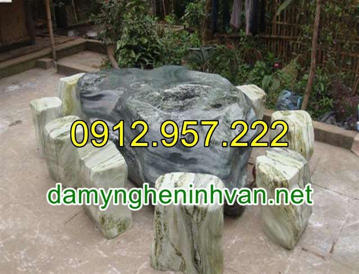 Bàn ghế đá tự nhiên nguyên khối để ngoài trời đẹp cao cấp 06