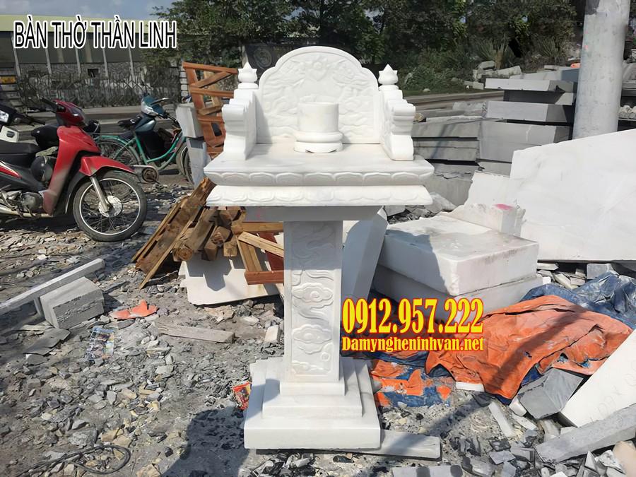 Bàn thờ thần linh bằng đá – Mẫu bàn thờ thần linh ngoài trời bằng đá đẹp