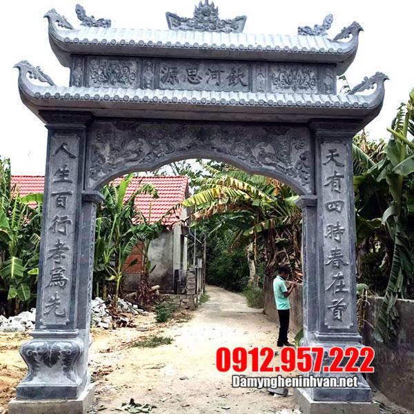 cổng nhà thờ tổ bằng đá