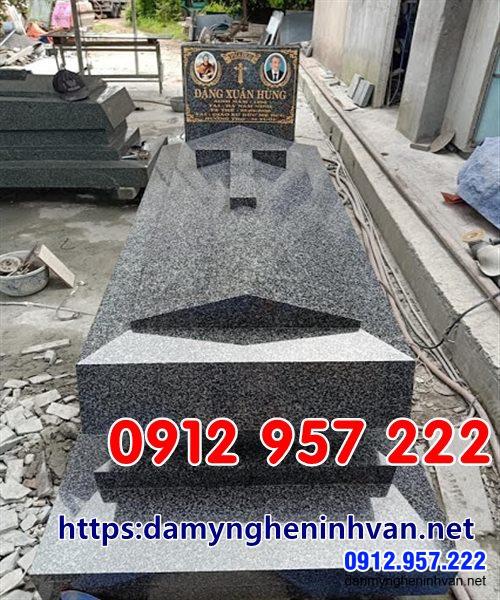 Mẫu mộ công giáo đẹp đơn giản hiện đại