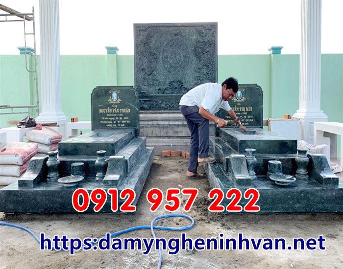 Mẫu mộ đôi đẹp đơn giản hiện đại bằng đá xanh rêu