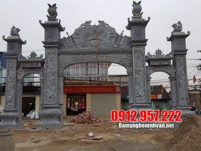 Xây cổng làng bằng đá