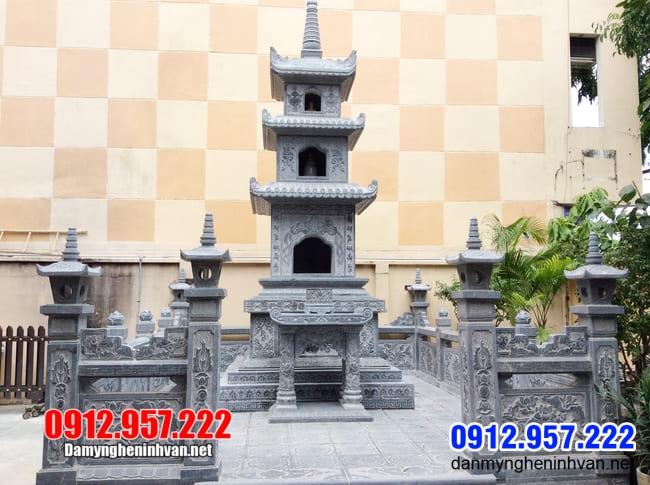 mộ tháp bằng đá xanh