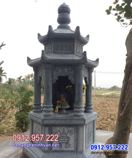 Tháp mộ bằng đá tại Vĩnh Long