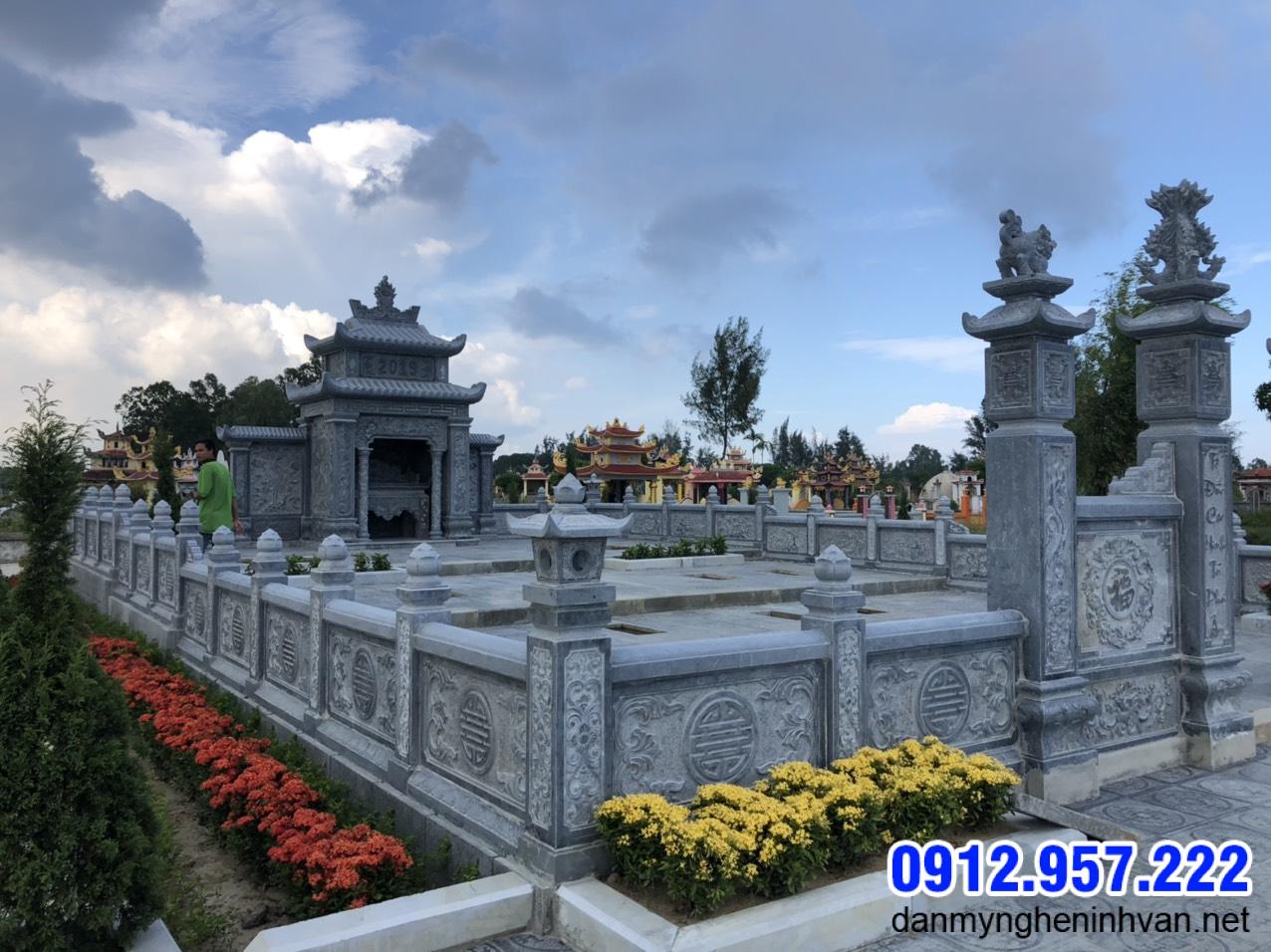 hàng rào khu nhà mộ bằng đá xanh tự nhiên đẹp nhất