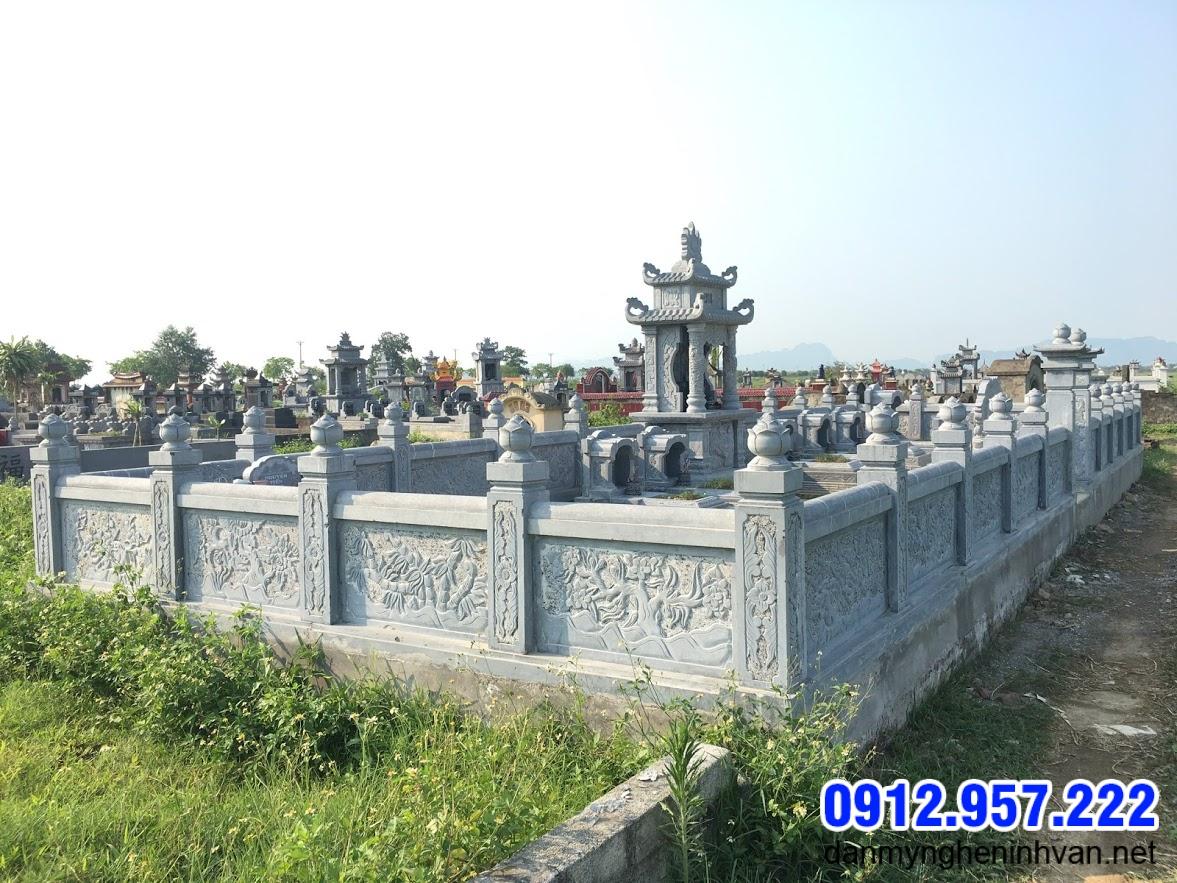 mẫu hàng rào khu nhà mộ bằng đá xanh tự nhiên đẹp nhất