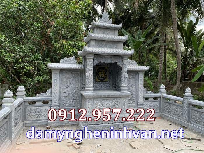 Miếu thờ thần linh nhà mồ tại Vĩnh Long