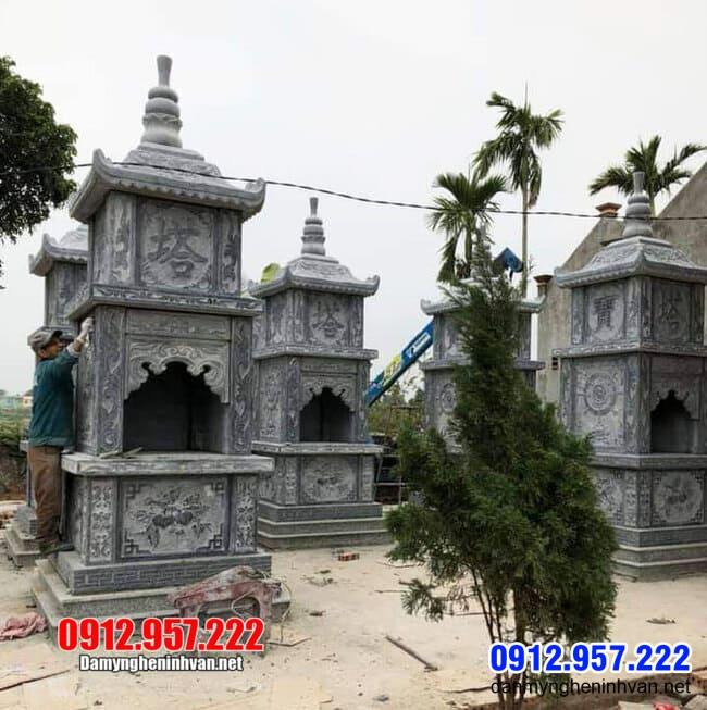 mộ tháp đá Phật Giáo tại Bến Tre