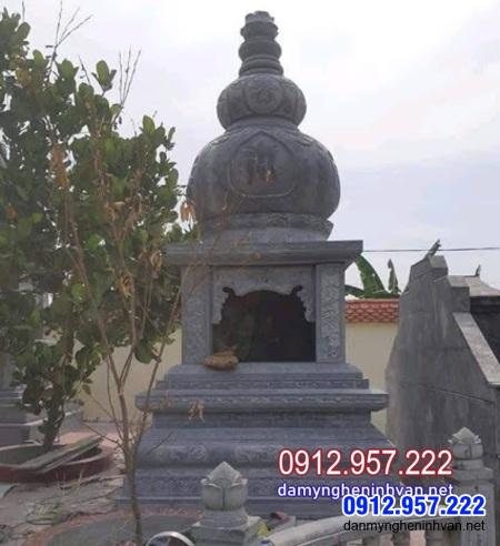 mộ tháp phật giáo bằng đá tại Bình Dương